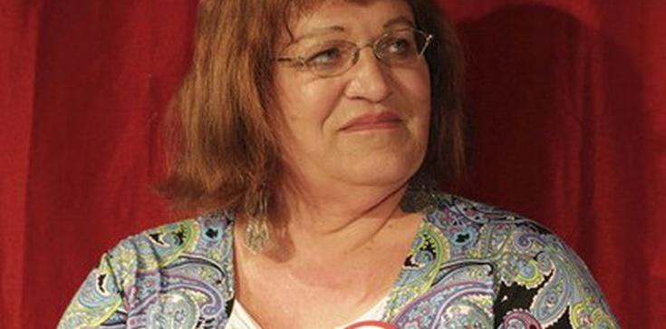 Anna Grodzka w zespole Kempy do walki z gender - zdjęcie