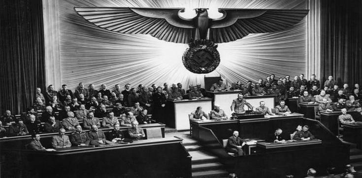 Antysemiccy Polacy ramię w ramię z Hitlerem – nowy wymiar propagandy niemieckiej już w polskich księgarniach - zdjęcie