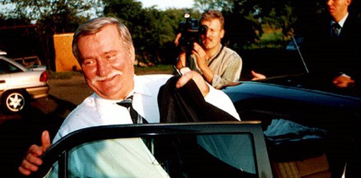Lech Wałęsa chce czipowania polityków! - zdjęcie