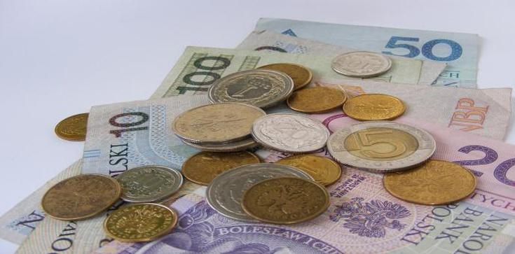 Płace Polaków wzrosły. O ile? - zdjęcie