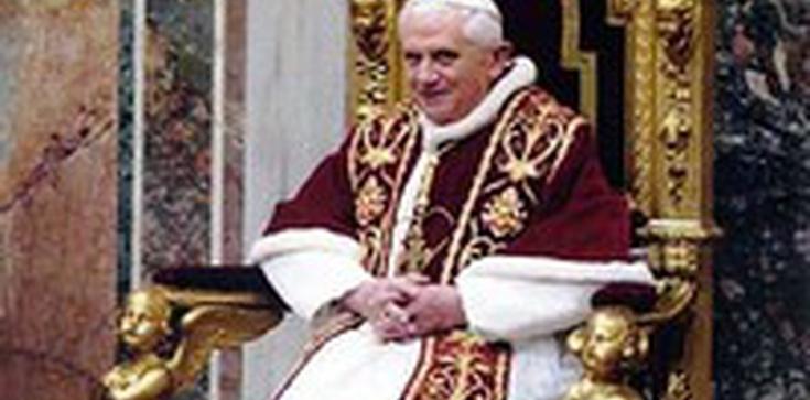 """Historia o """"mistycznym doświadczeniu"""" Benedykta XVI została zmyślona – mówi abp Georg Gänswein - zdjęcie"""