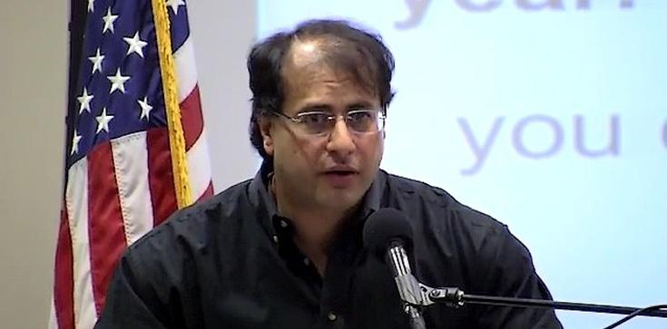 Raymond Ibrahim: Płaszczenie się przed islamem - zdjęcie