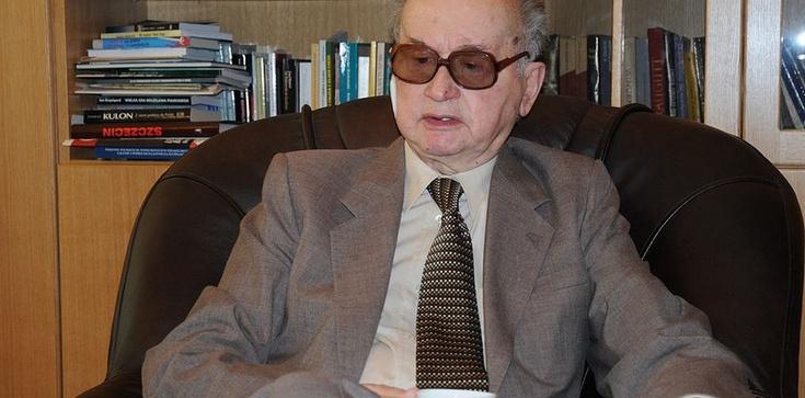 Stanisław Pięta dla Fronda.pl: W piątek weźmiemy różaniec, przyjdziemy na Powązki, uklękniemy i niech ZOMO nas szarpie - zdjęcie