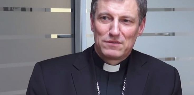 Jeden z Ojców Synodu mógł zostać zabity w łonie matki - zdjęcie