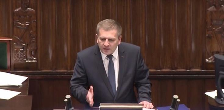 Były minister Arłukowicz odpowiedzialny także za wzrost cen za prawo jazdy - zdjęcie