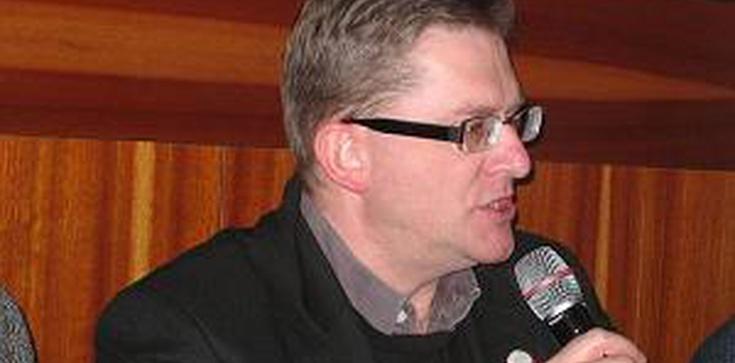 Braun: Michnik był jednym z orędowników wprowadzania Polski do eurokołchozu - zdjęcie