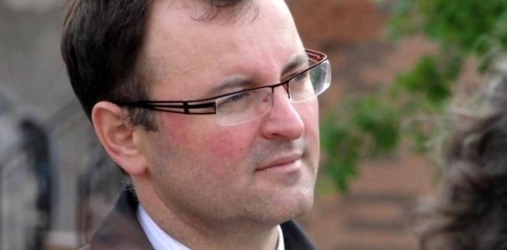 Arkadiusz Czartoryski dla Frondy: Prezydent przypieczętował dobre decyzje szefa MON   - zdjęcie