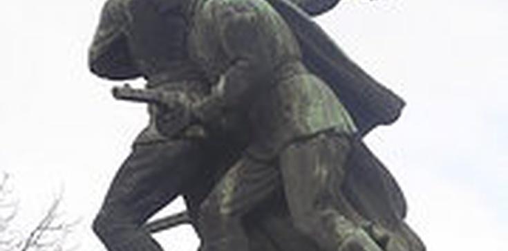 Artur Górski dla Fronda.pl o karach za niszczenie sowieckich pomników - zdjęcie