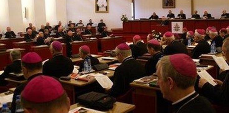 Biskupi będą bardziej medialni - zdjęcie