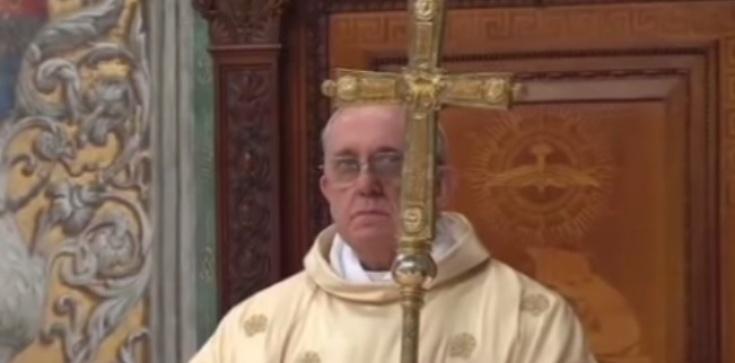 Papież ostrzega: poganie w Kościele to wrogowie Krzyża! - zdjęcie