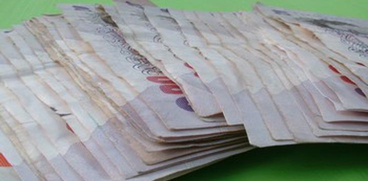 Miliarder oferuje 80 mln funtów temu, kto ożeni się z jego córką-lesbijką! - zdjęcie