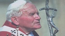 Naród zwycięski - Jan Paweł II jako prorok Polaków - miniaturka
