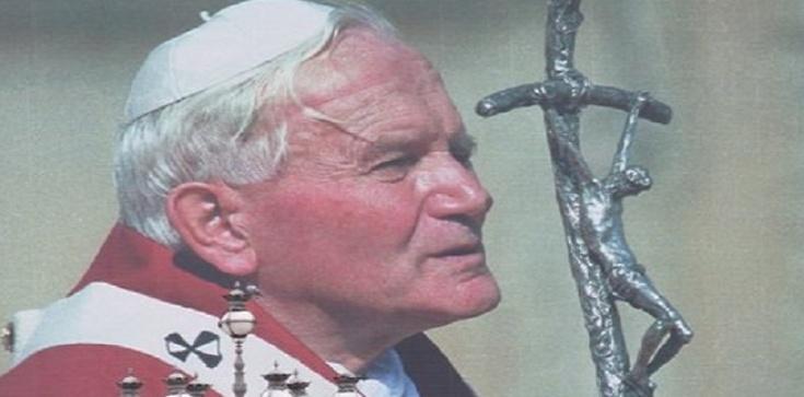 Św. Jan Paweł II: Chwała Trójcy Świętej we Wniebowstąpieniu - zdjęcie