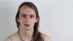 Jaś Kapela: Pan Bóg, masowy morderca, pozwala na holocaust zarodków - miniaturka