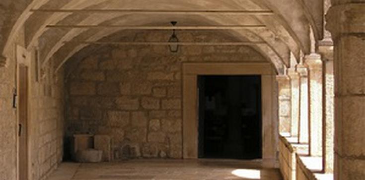 Na świecie zakonnicy odchodzą z klasztorów. Dlaczego? - zdjęcie