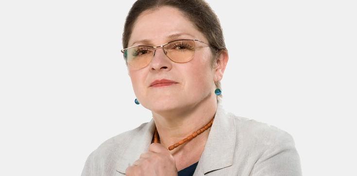 Prof. Krystyna Pawłowicz dla Fronda.pl: Trzeba gruntownie zmienić konstytucję! Preambuła taka jak w węgierskiej konstytucji, ma poruszać serca - zdjęcie