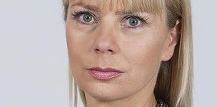 """""""Ministra"""" Bieńkowska zwierza się o tatuażach  - zdjęcie"""