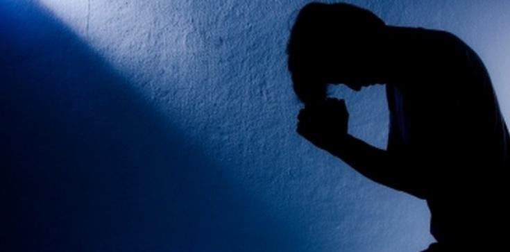 EGZORCYSTA: Oto zestaw pytań przygotowujących do modlitwy o uwolnienie! - zdjęcie