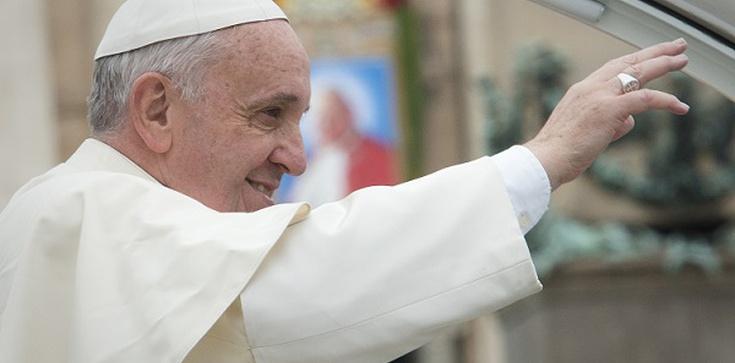 Papież wyjaśnia, po co Rok Miłosierdzia - zdjęcie