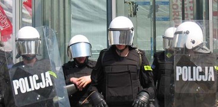 Polska policja pomoże ukraińskiej. Przekażemy używany sprzęt - zdjęcie