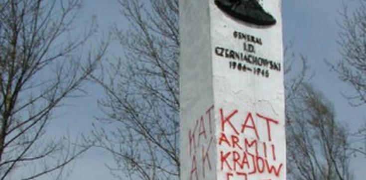 Artur Górski dla Fronda.pl: Oddać sowieckie pomniki w prezencie Ambasadorowi Rosji! - zdjęcie
