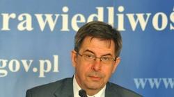 Prof. Zoll: Ustawa o in vitro nie chroni dziecka - miniaturka