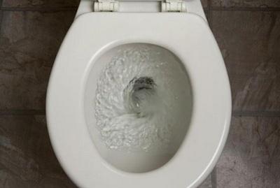 toilet_flushing_5-400x0.jpg