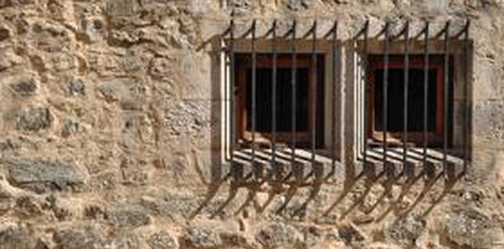 Mułła trafił do więzienia za gwałt na 10-latce! - zdjęcie