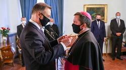 Prezydent odznaczył arcybiskupa Jana Romeo Pawłowskiego - miniaturka