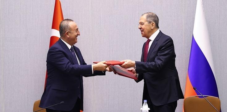 Rosja ustępuje Turcji na Kaukazie - zdjęcie