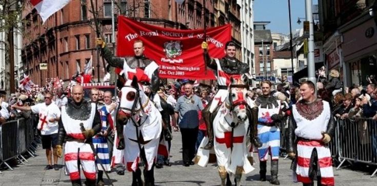 Anglia: Nie będzie święta, bo krzyż razi wzrok mahometan - zdjęcie