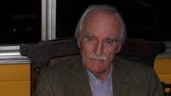 Autor ,,Obozu świętych'' Jean Raspail nie żyje. Przewidział zalew Europy przez imigrantów - miniaturka