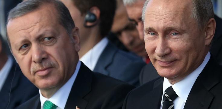 Jakóbik: Turcja i Rosja - zbliżenie ...na rozstajnych drogach  - zdjęcie