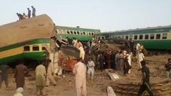 Pakistan: zderzenie ekspresowych pociągów, liczne ofiary i ranni - miniaturka