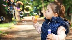 Jak wybrać najlepszą polisę dla dziecka? - miniaturka