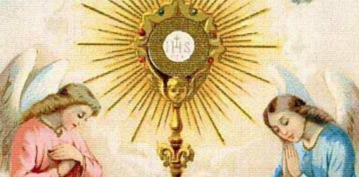 Jak powinna wyglądać adoracja Najświętszego Sakramentu? - zdjęcie