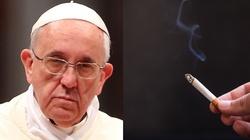 Papież wypowiedział wojnę palaczom w Watykanie - miniaturka