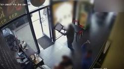 Napad na bar z kebabami w Łodzi FILM - miniaturka