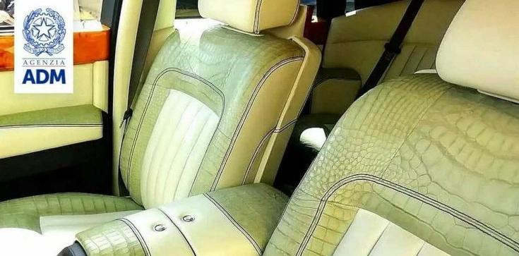 Rosyjski Rolls-Royce zatrzymany przez włoskich celników. Siedzenia ze skóry krokodyla - zdjęcie