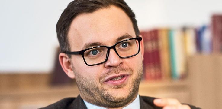 Balász Orbán: ,,Na Węgrzech tworzy się młoda, patriotyczna elita'' - zdjęcie
