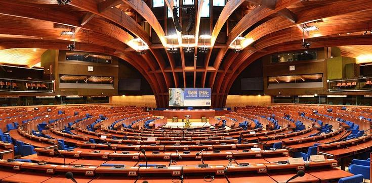 Triumf Moskwy. Rada Europy przyjęła rezolucję krytyczną wobec Polski - zdjęcie