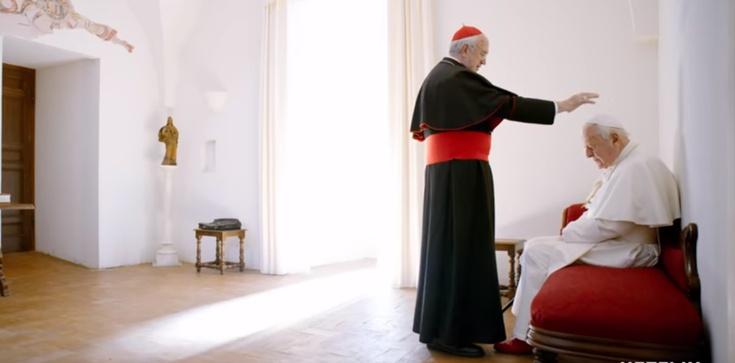 ,,Dwóch papieży''. Dlaczego Watykan promuje ten antykościelny paszkwil? - zdjęcie