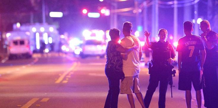 Po masakrze homoseksualistów wprowadzono stan nadzwyczajny na Florydzie  - zdjęcie