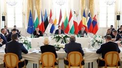 Szczyt w Warszawie. I to ma być ta ,,izolacja'' Polski? - miniaturka