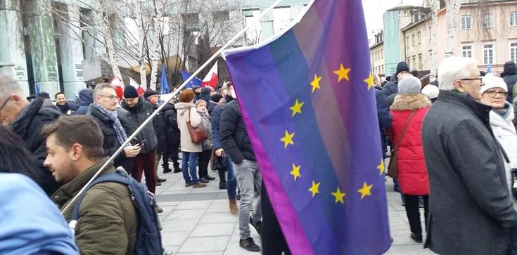 Dlaczego geje i lesbijki popierali sądowy marsz? ZDJĘCIA - zdjęcie