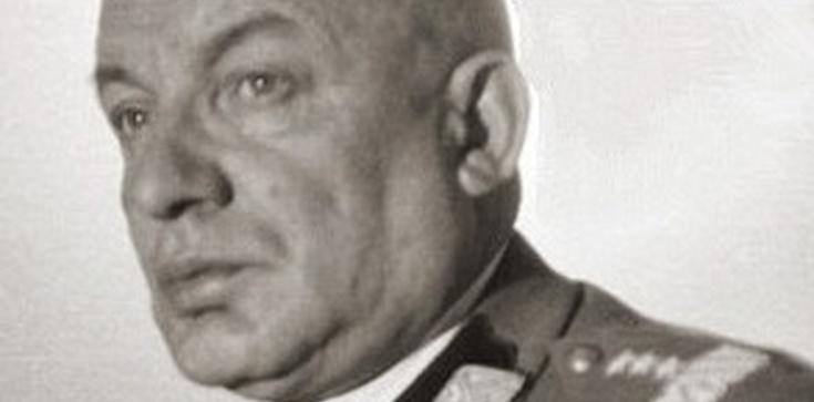 Znika pomnik generała Karola Świerczewskiego - zdjęcie