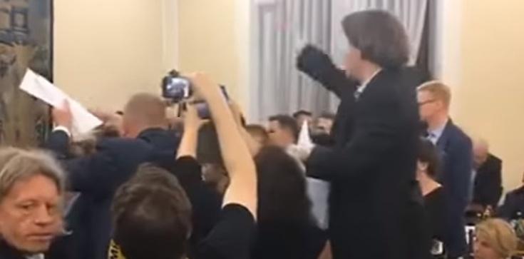 Misiło: Gdyby Piotrowicz nie był posłem, dostałby w twarz - zdjęcie