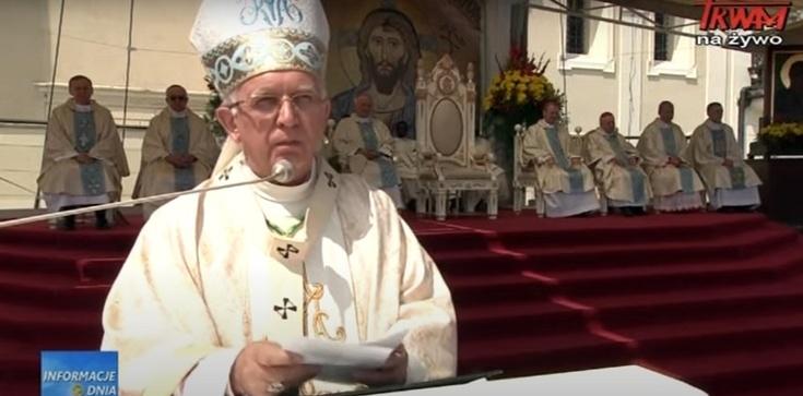 Abp Depo z Jasnej Góry: Zbyt dużo jest dzisiaj reformatorów i oczyszczaczy prawdy i wiary Kościoła  - zdjęcie