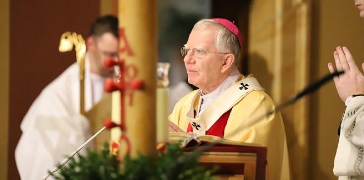 Abp Jędraszewski w Niedzielę Zmartwychwstania Pańskiego: Dzięki łasce wiary otrzymujemy nowe życie - zdjęcie