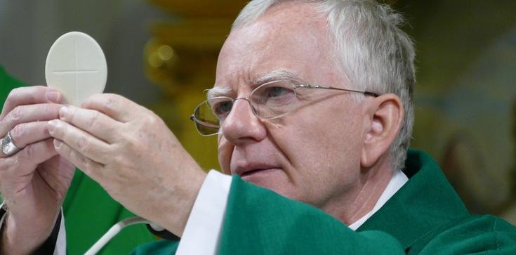 Wiec modlitewny i apel ws. poparcia abp. Jędraszewskiego! Brońmy odważnego biskupa!! - zdjęcie